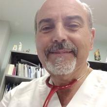 Profesional Médico Antonio Portugal Ramírez