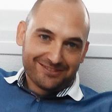 Profesional Médico Javier Sánchez Caro