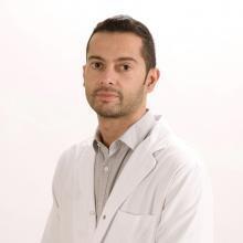 Profesional Médico Ezequiel Paredes Mariñas