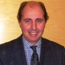 Profesional Médico Jorge Juan Olsina Kissler