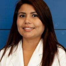 Profesional Médico Ángela R. Méndez