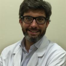 Profesional Médico Carlos Gómez Ruiz