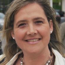 Profesional Médico M. Carmen Díaz-Cordovés Rego
