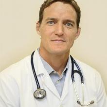 Profesional Médico Guillermo Arbe