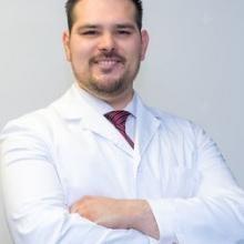 Profesional Médico Aldo Humberto Muñiz Herrera