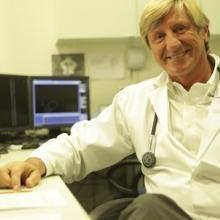 Profesional Médico Luis Alonso-Pulpón