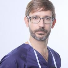 Profesional Médico Alonso Bau González
