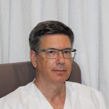 Profesional Médico Placido Ostos Aumente