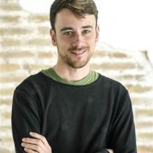 Profesional Médico Esteban Brook-Hart